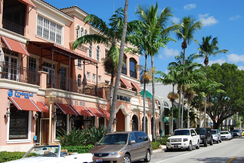 The Heart Of Naples 5th Avenue Is The Premier Location In
