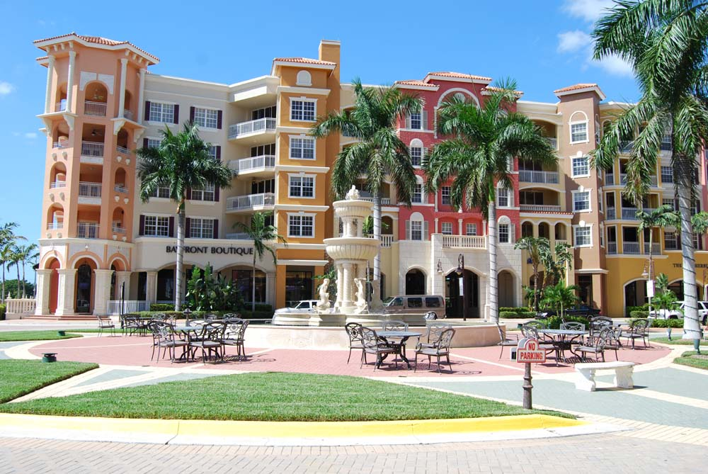 Bayfront Naples Florida Crowning 5th Avenue With Great