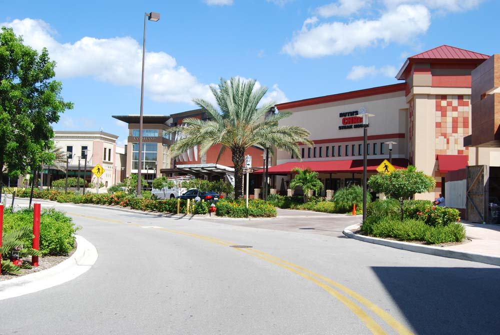 Coastland Center Mall A Fixure Of Downtown Naples Now Better Than Ever Dustin Beard