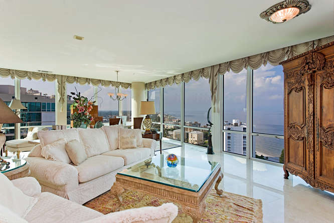 3991 Gulf Shore Blvd N Naples-small-001-Living Room with Sunset Views-666x445-72dpi