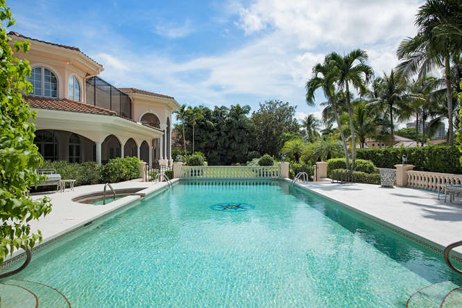 Bay Colony House Naples FL-small-003-Pool2-666x445-72dpi
