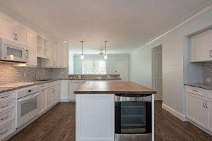 825 Ketch Drive 302 Naples FL-small-006-5-Kitchen2-666x445-72dpi