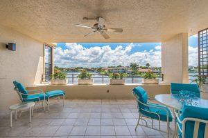 4400-gulf-shore-blvd-n-404-small-003-28-patio-bay-view-666x445-72dpi